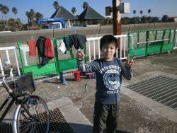 大阪南港海釣り公園 サビキでアジほま