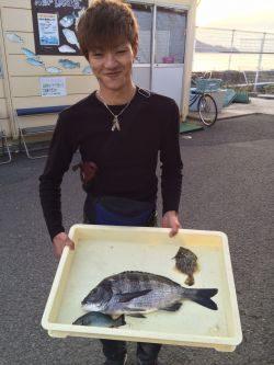 和歌山マリーナシティ海釣り公園 チヌ、カワハギ
