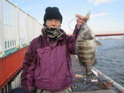 尼崎市立魚つり公園 セイゴ今日は喰い渋り…