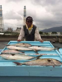和歌山マリーナシティ海洋釣り堀 カンパチ、メジロ、マダイ