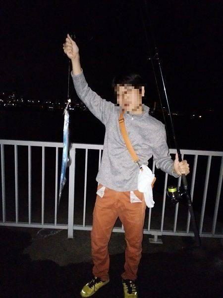 大蔵海岸でタチウオの引き釣り