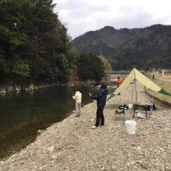 小柿渓谷放流釣り場