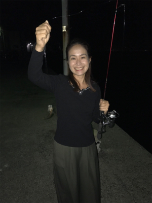 釣りガール  アジング