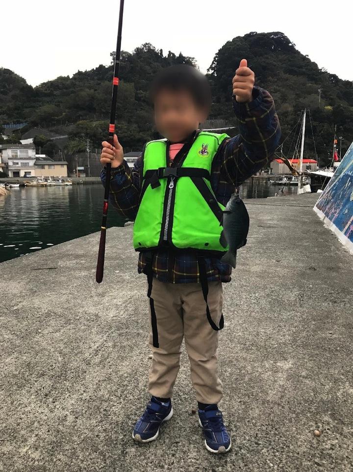 愛媛県喜木津漁港でのファミリーフィッシングレポート