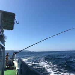 初島沖で船釣り