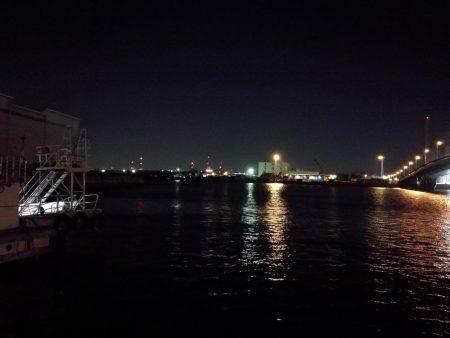 南港釣行 (10/16 肌寒い南港タチウオ釣り 2本 釣果有り)